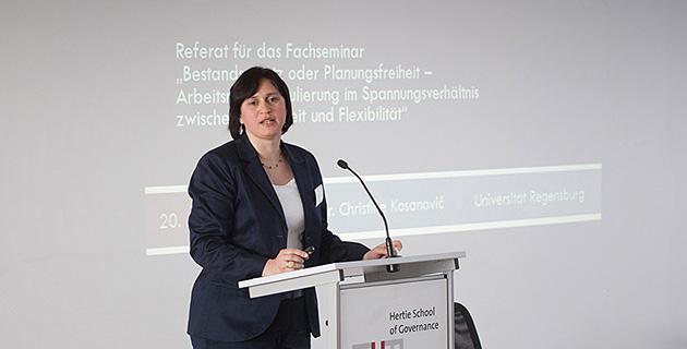 Bild der Expertendiskussion an der Hertie School of Governance, Berlin 9