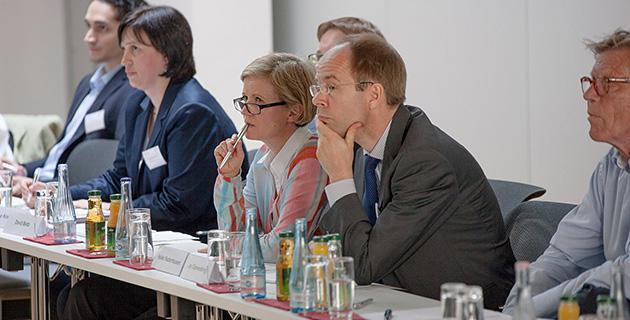 Bild der Expertendiskussion an der Hertie School of Governance, Berlin 13