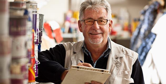 Älterer Erwerbstätiger in Berufssituation