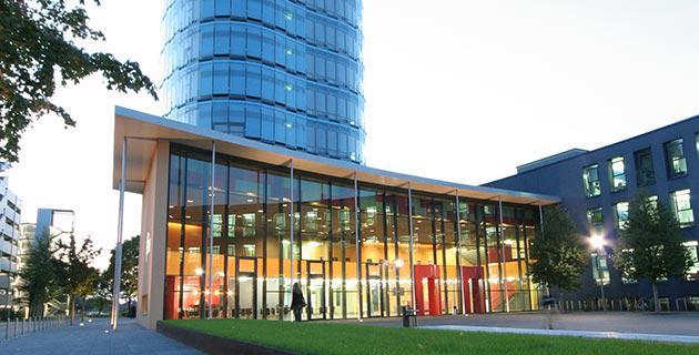 Außenaufnahme der SRH Hochschule Heidelberg